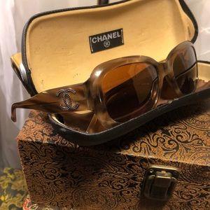 Vintage Glamour Chanel Logo Metallic Sunglasses